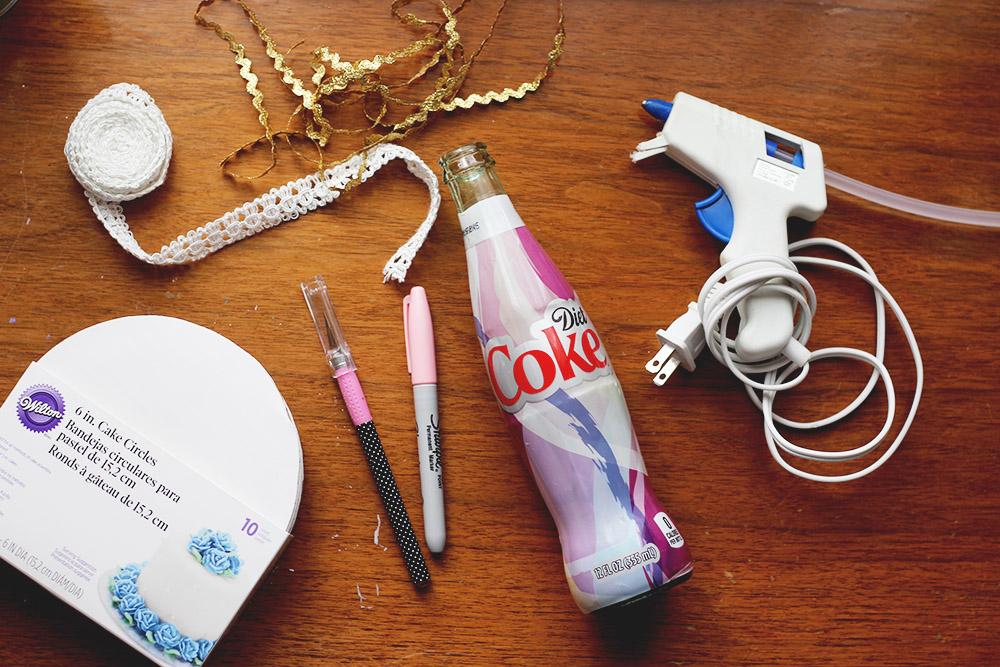 DIY Upcycle Jewelry holder // stephanieorefice.net